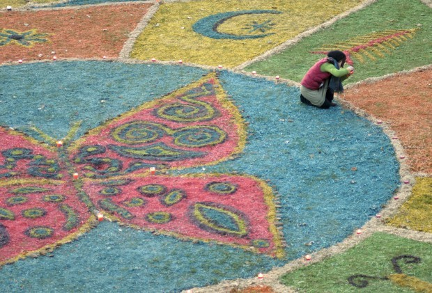 Missoula artists' creation melds sawdust art with Buddhist mandala