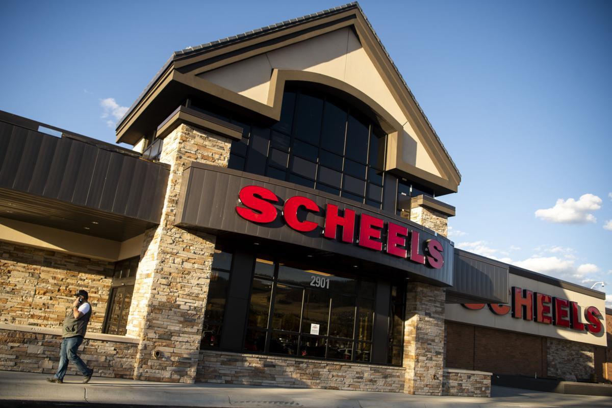 Scheels 01