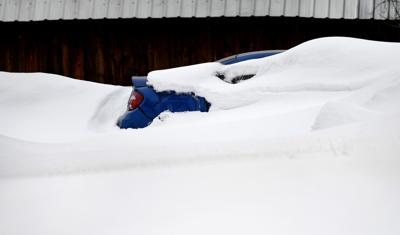 031319 roof shoveling2 kw.jpg