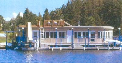 111716 houseboat.jpg