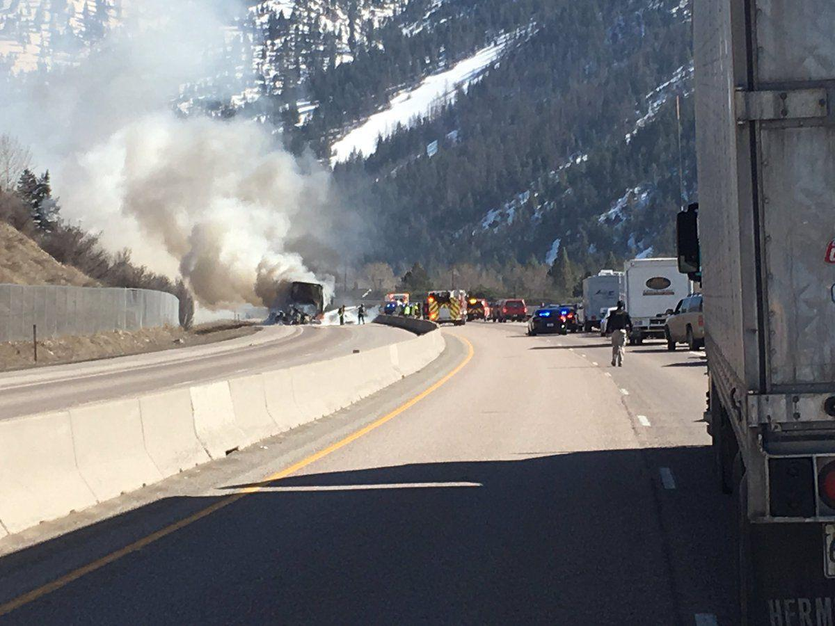 wrong way driver causes crash that closes i 90 in both directions just east of missoula local. Black Bedroom Furniture Sets. Home Design Ideas