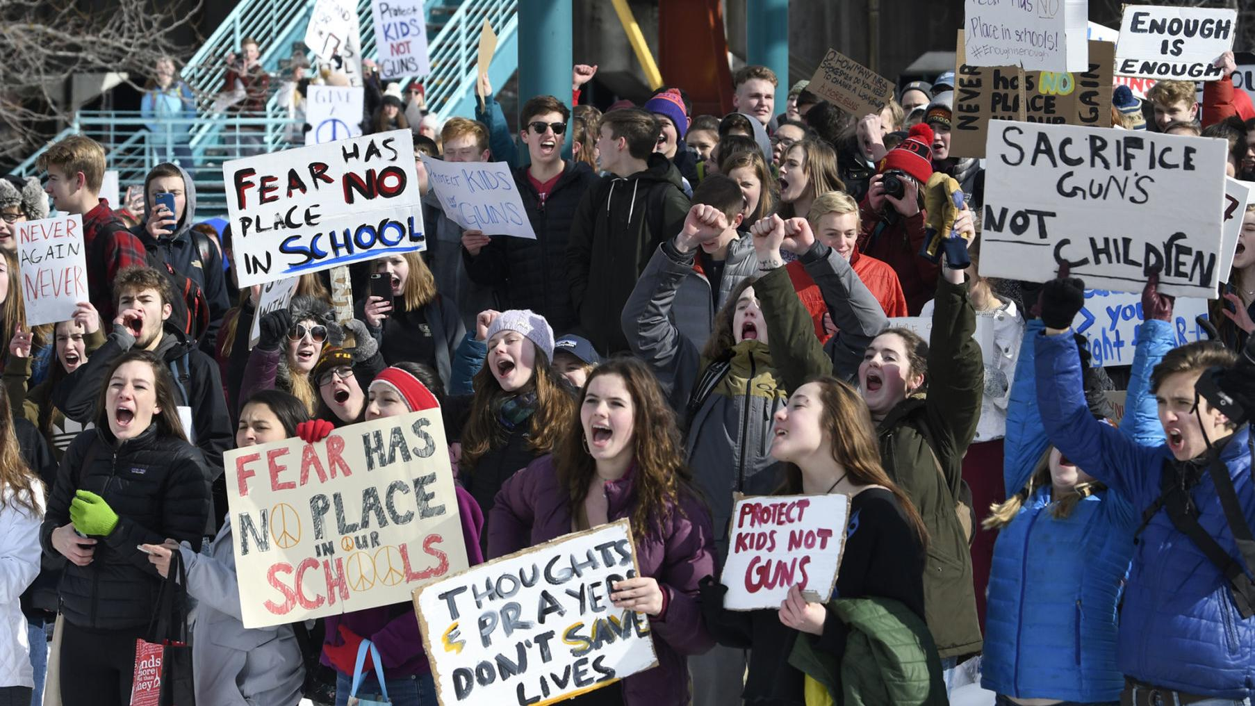 Hundreds of Missoula students walk out of class to protest gun violence in schools