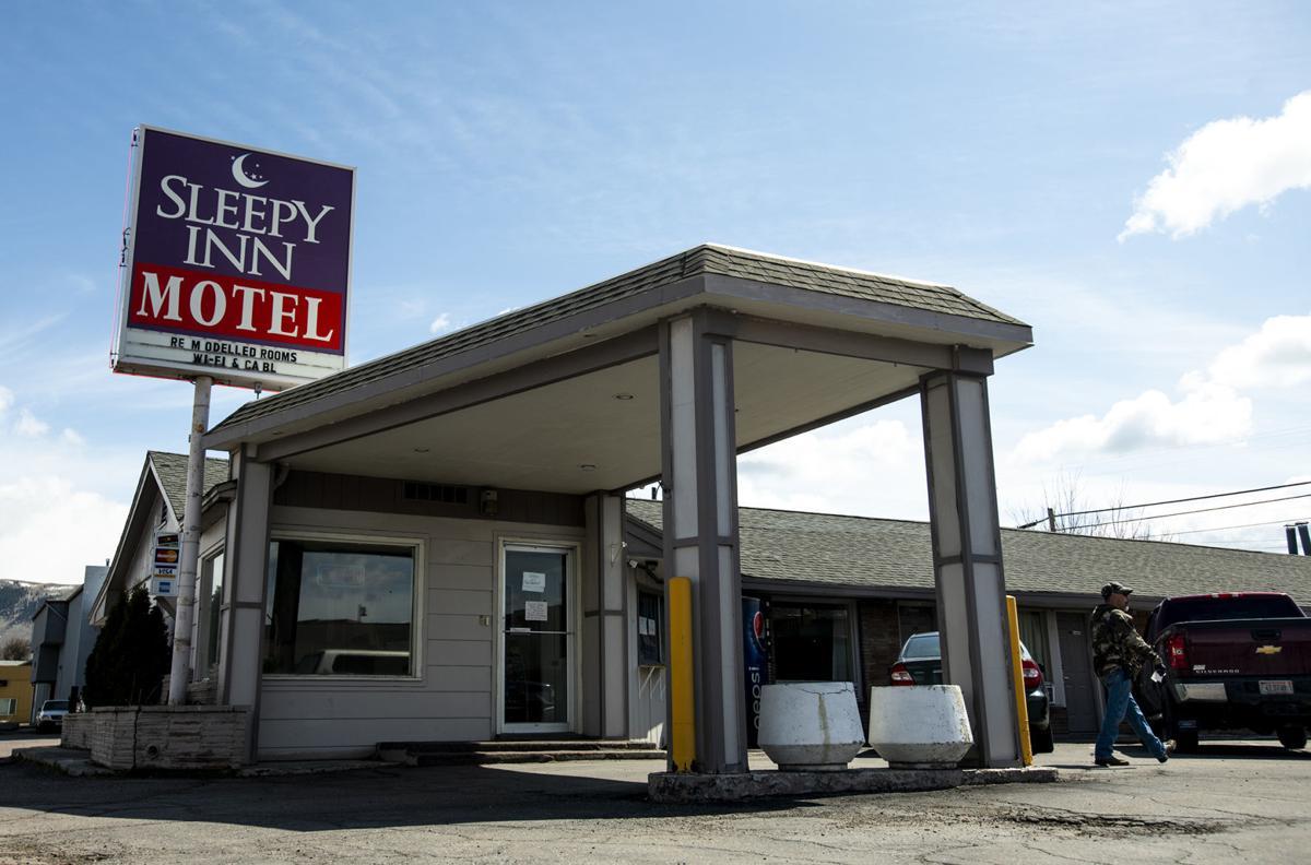 Sleepy Inn Motel 02
