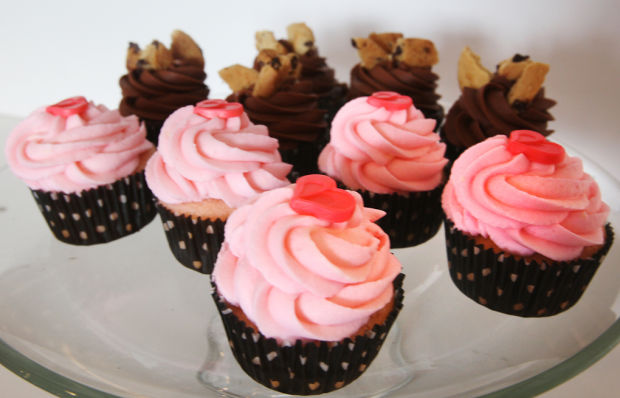 tv cupcake wars disastrous slips dash butte women s chance at top