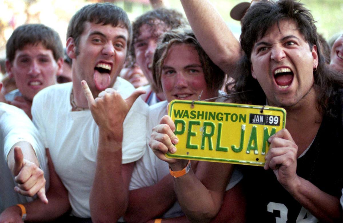 Pearl Jam Washington Grizzly Stadium 1998