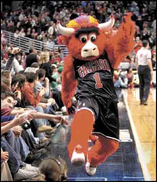 Barry Anderson, formerly known as Monte, now entertains Chicago basketball fans