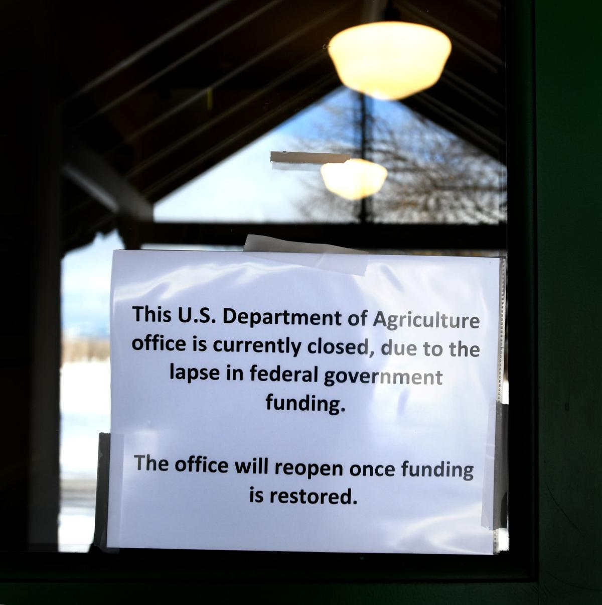 011119 govt shutdown2 kw.jpg