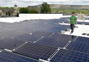 Hot mic records troubling conversation about solar regulations