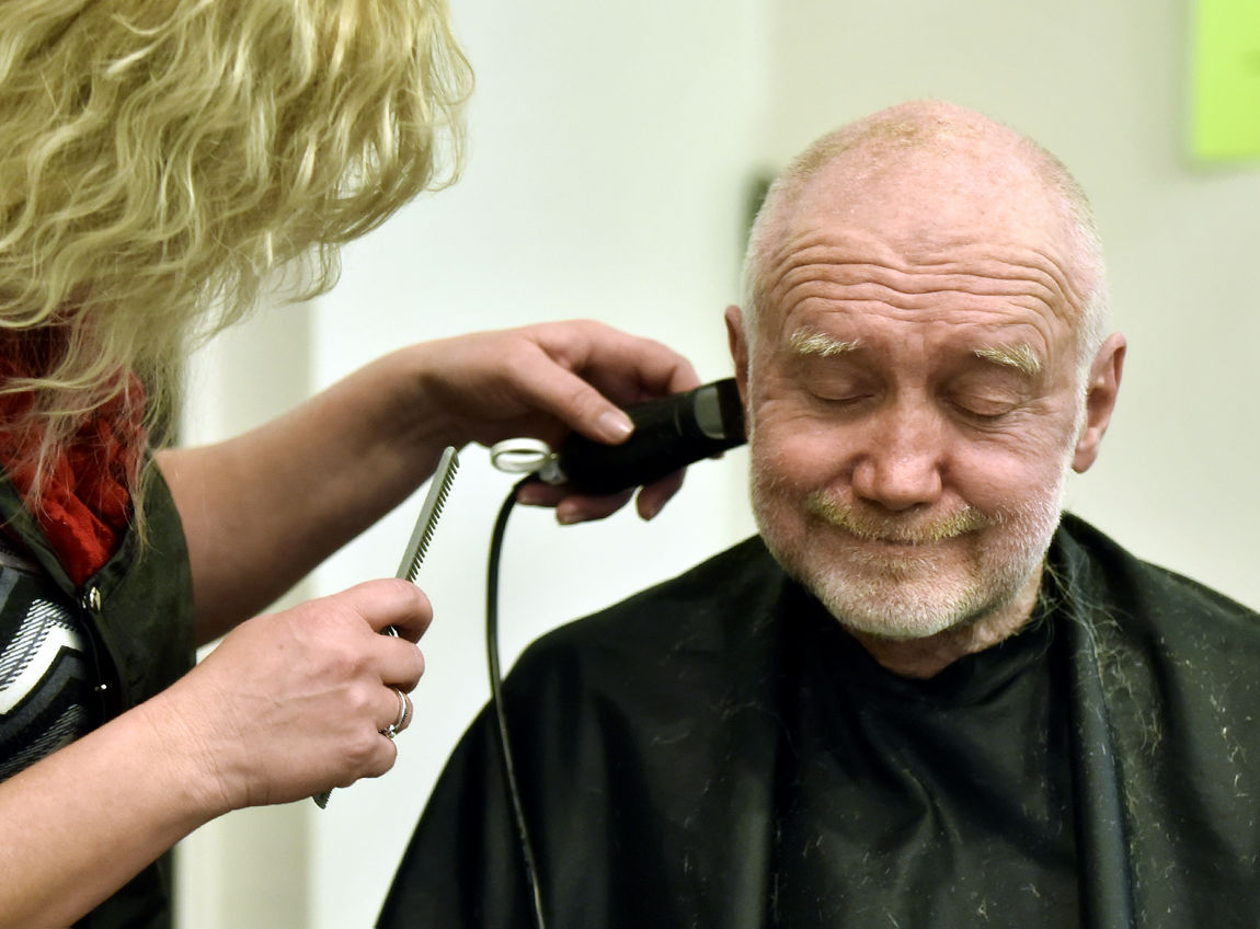 Missoulas Project Homeless Connect Links People In Need With - Haircut missoula
