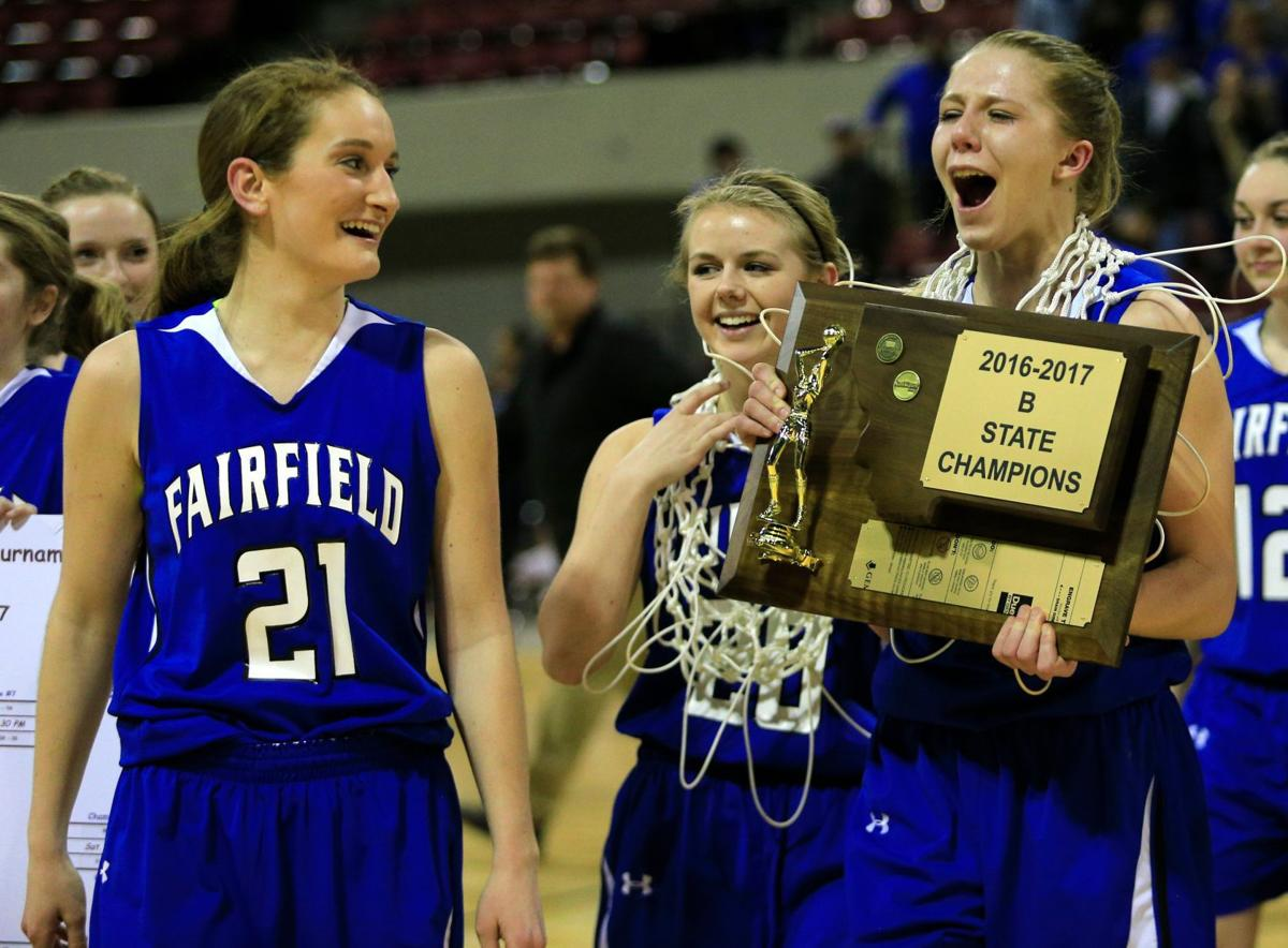 Fairfield's Alix Goldhahn and the Eagles celebrate 2017 Class B title