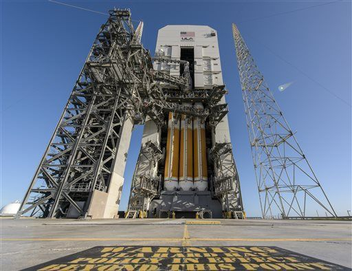 Wind, valves stall launch of new Orion spacecraft
