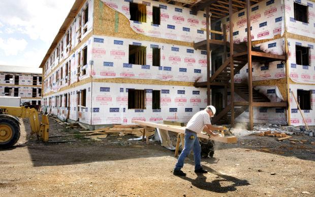 090213 housing construction kw.jpg