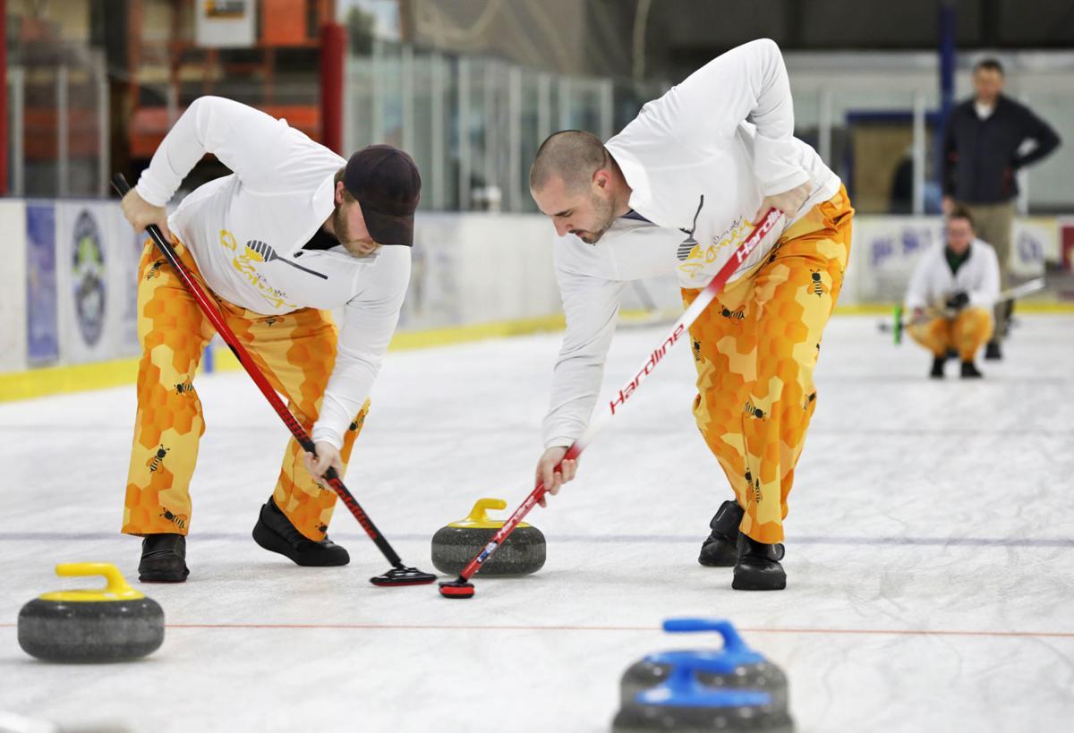 040819 Curling 1 ps.JPG