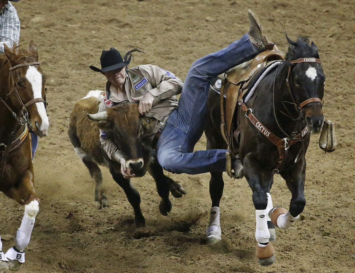 National Finals Rodeo Brazile Wins Tie Down Roping In
