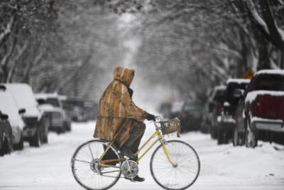 Biking in the snow (copy)