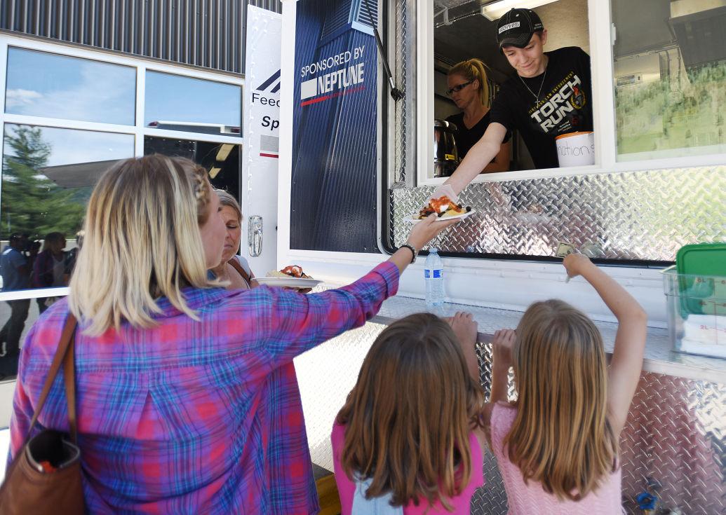 062016  food truck-2-tm.jpg