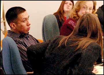 Prosecutor: Defendant bragged of killing man