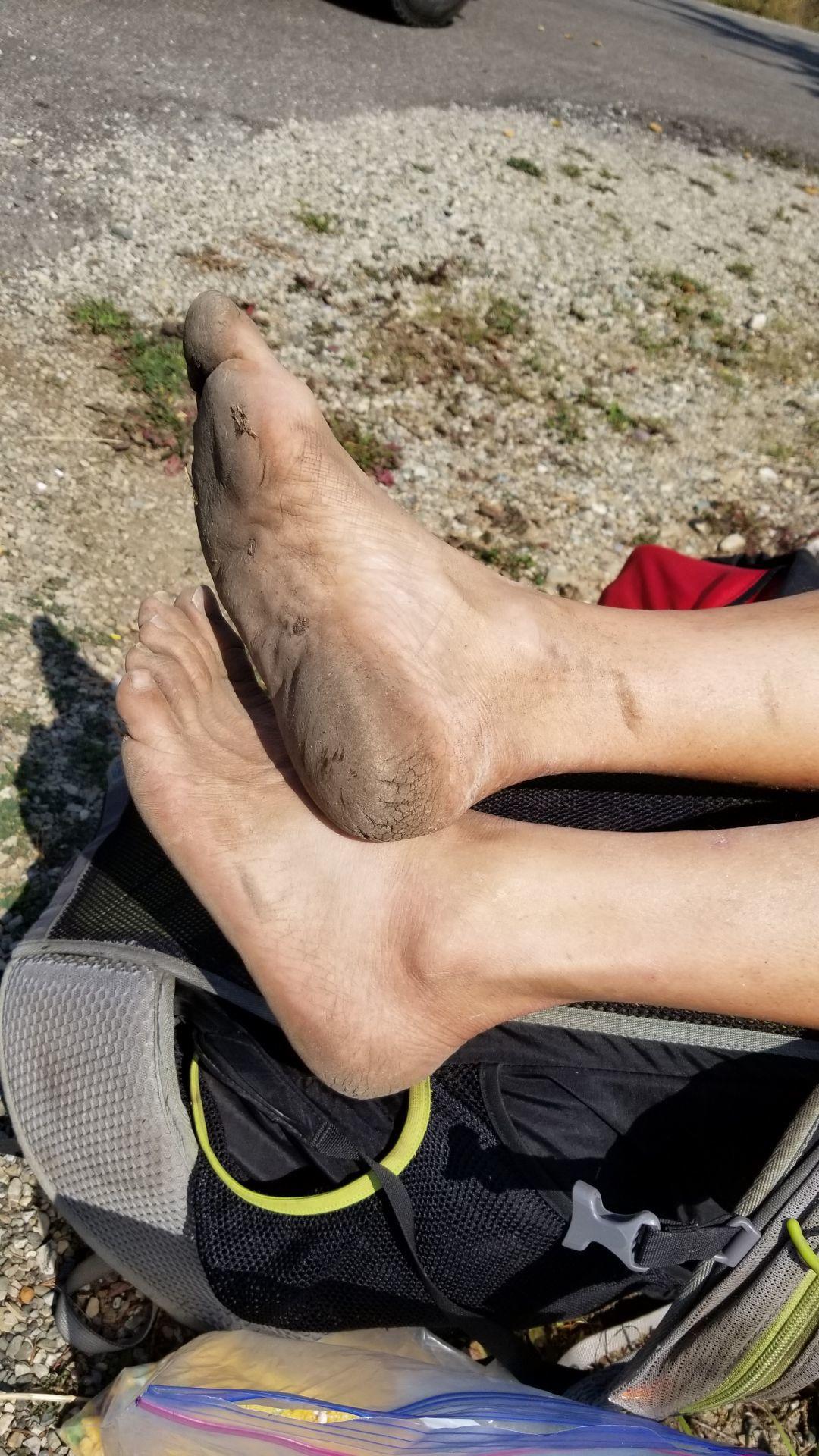 barefoot feet