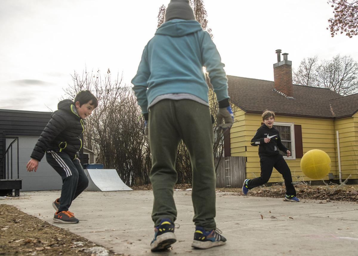 Feature photo: Four square on a sunny Missoula day 02