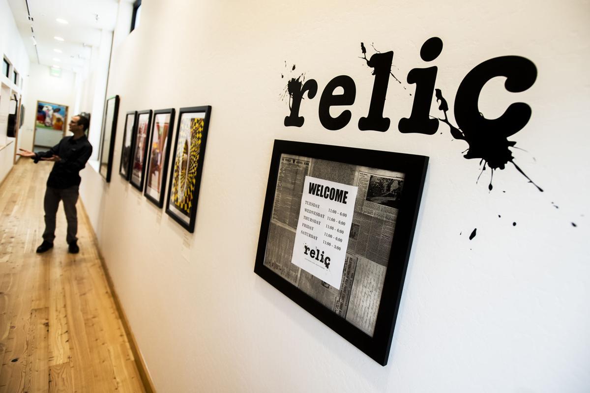 Entertainer: Relic 02