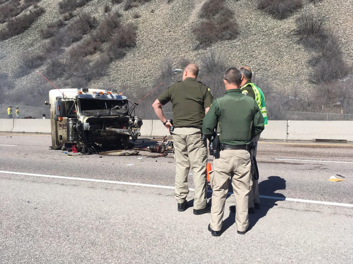 wrong way driver causes fatal crash that closes i 90 in both directions just east of missoula. Black Bedroom Furniture Sets. Home Design Ideas