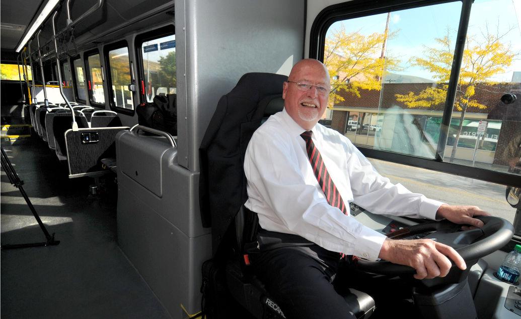 092414 electric bus1 mg.jpg
