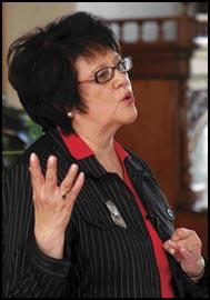 Cobell explains ethics of lawsuit at UM