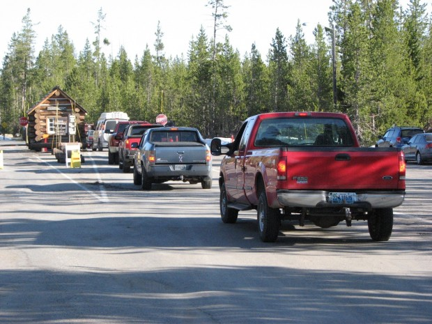 Outbreak Of Norovirus In Yellowstone Park Traced To Tour Buses State Amp Regional Missoulian Com