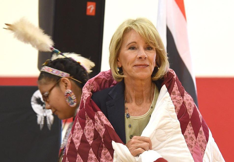 Education Secretary Betsy DeVos visits school on Wyoming reservation