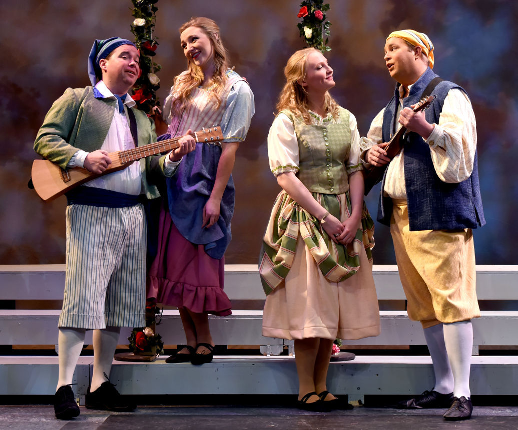 021216 ent the gondoliers kw.jpg