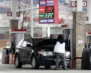 Western Montana's few travelers enjoying gas price swoon