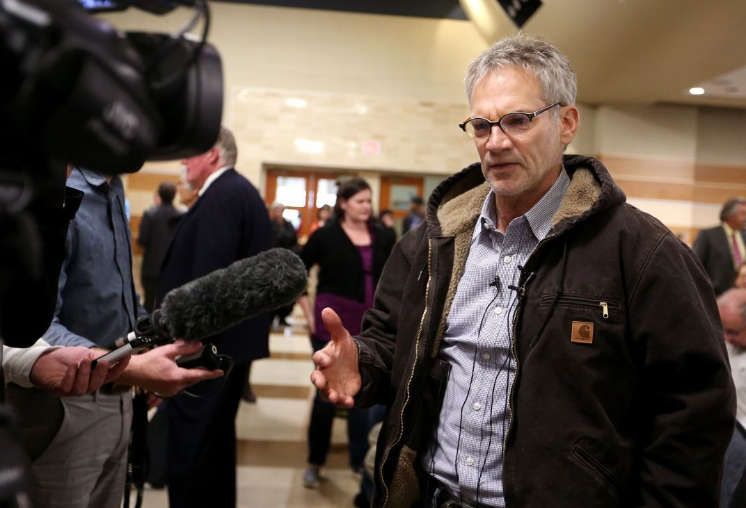 Author Jon Krakauer talks to the media
