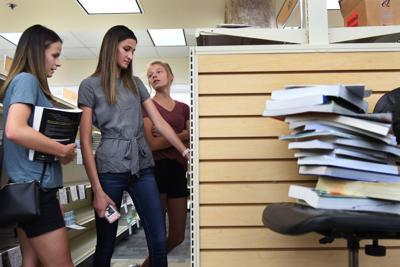 Book Shoppping
