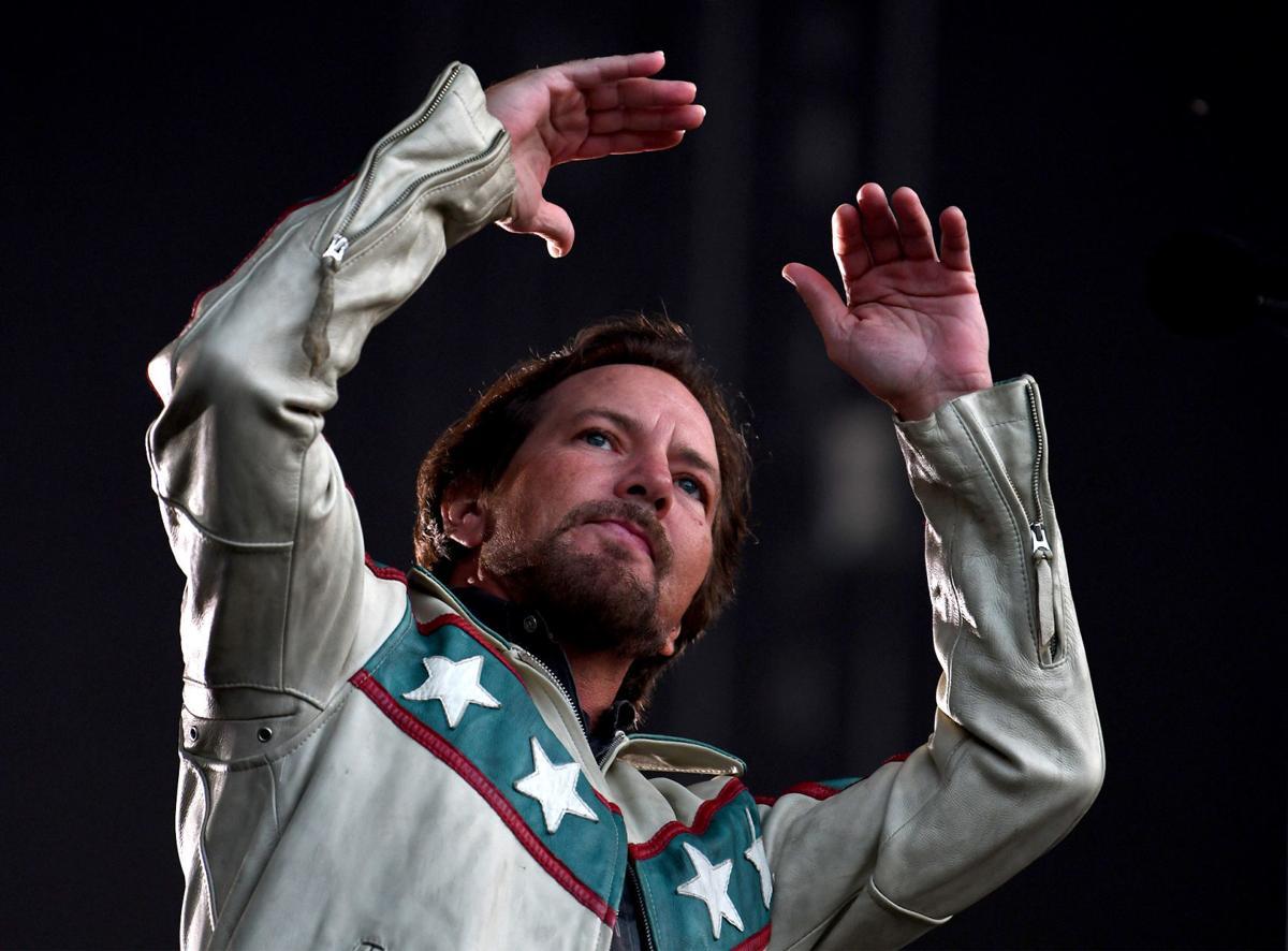 Eddie Vedder opens in Knievel jacket