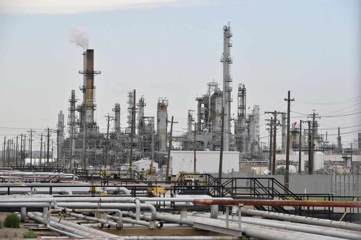 080120-nws-Refinery-01