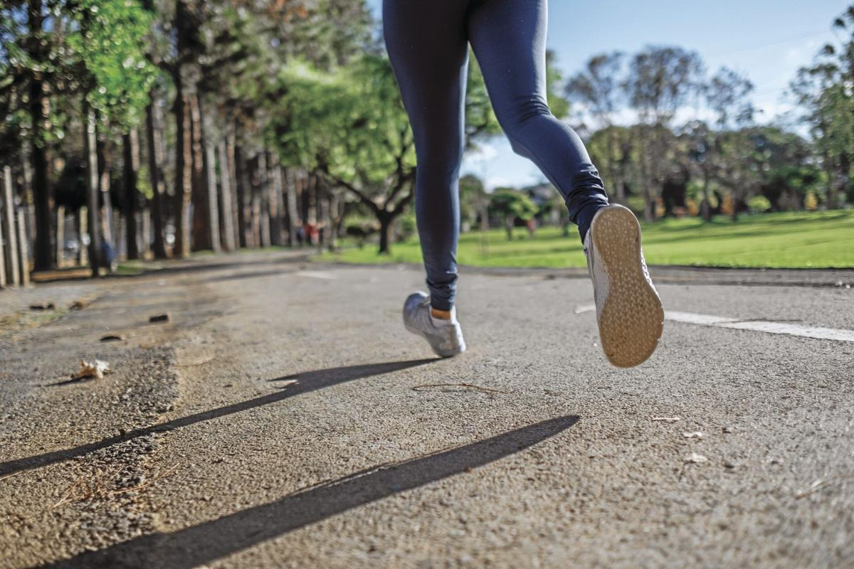 _person-jogging-3601094_CMYK.jpg