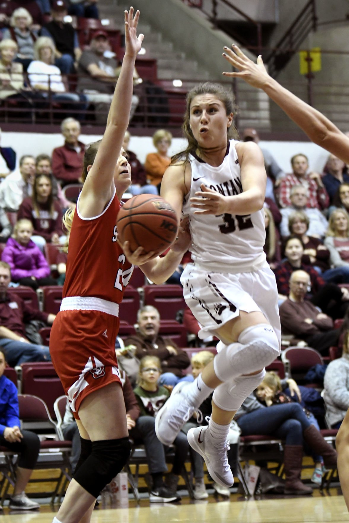 Lady Griz vs South Dakota 2