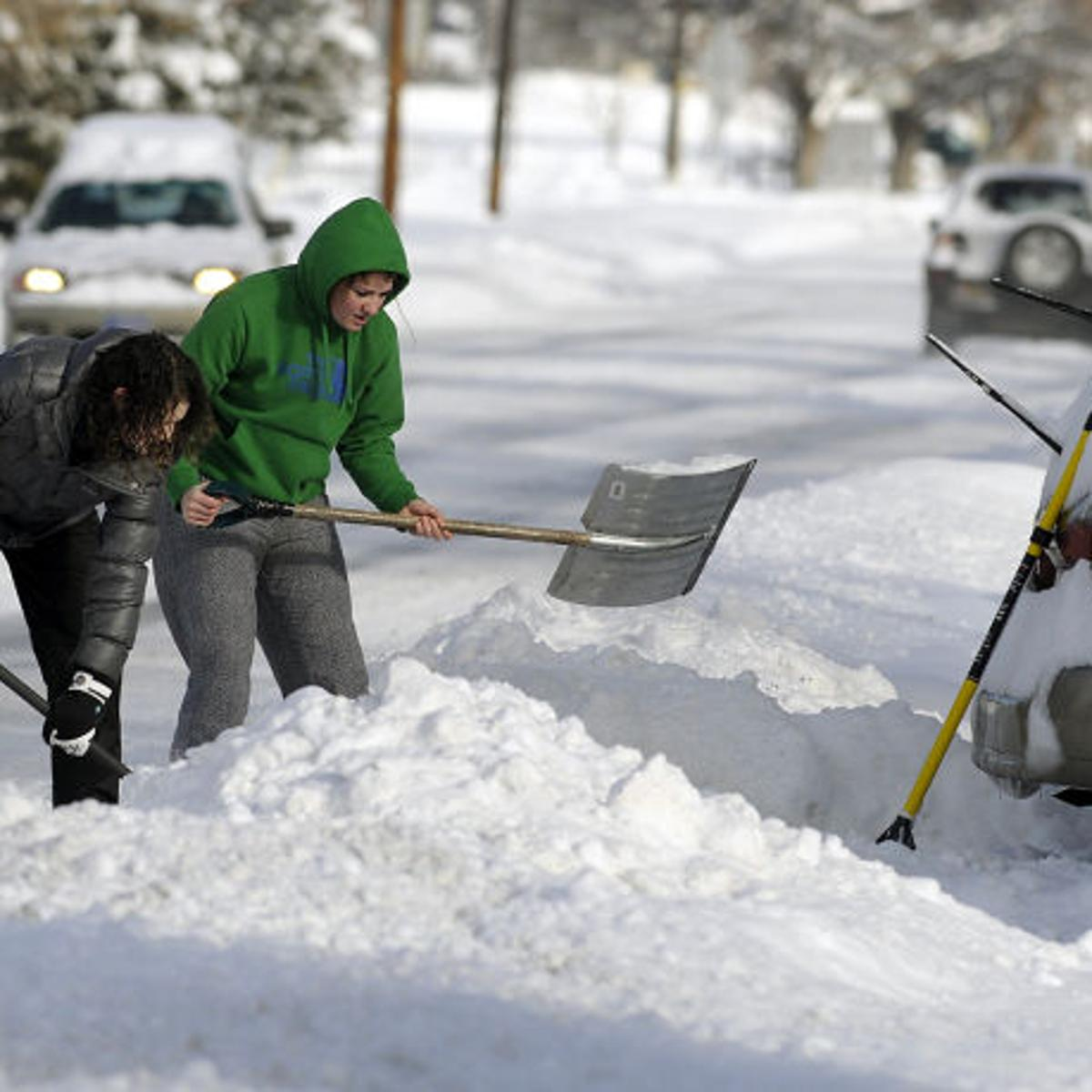 National Weather Service warns of blizzard blowing across