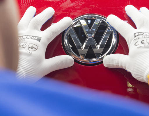 Volkswagen to shed 30,000 jobs, cutting costs after scandal (copy)