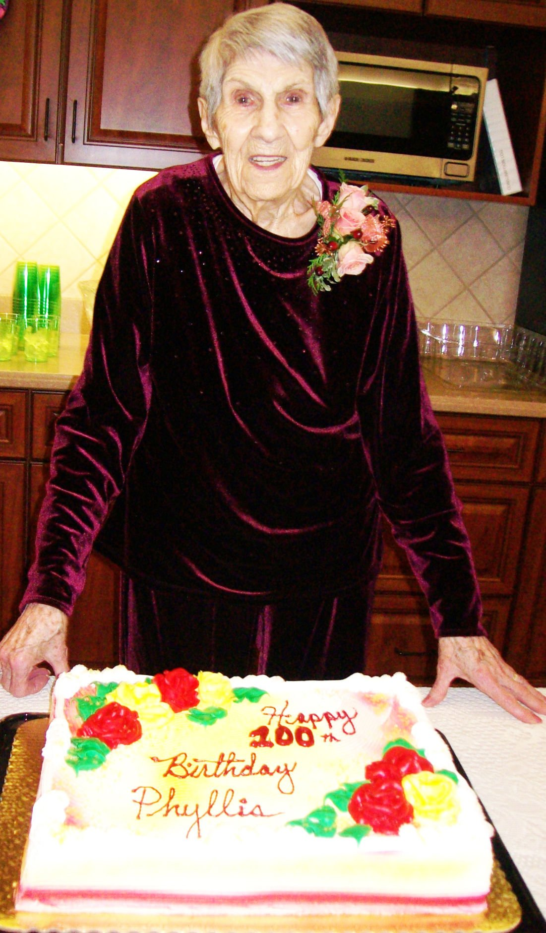 Phyllis with cake