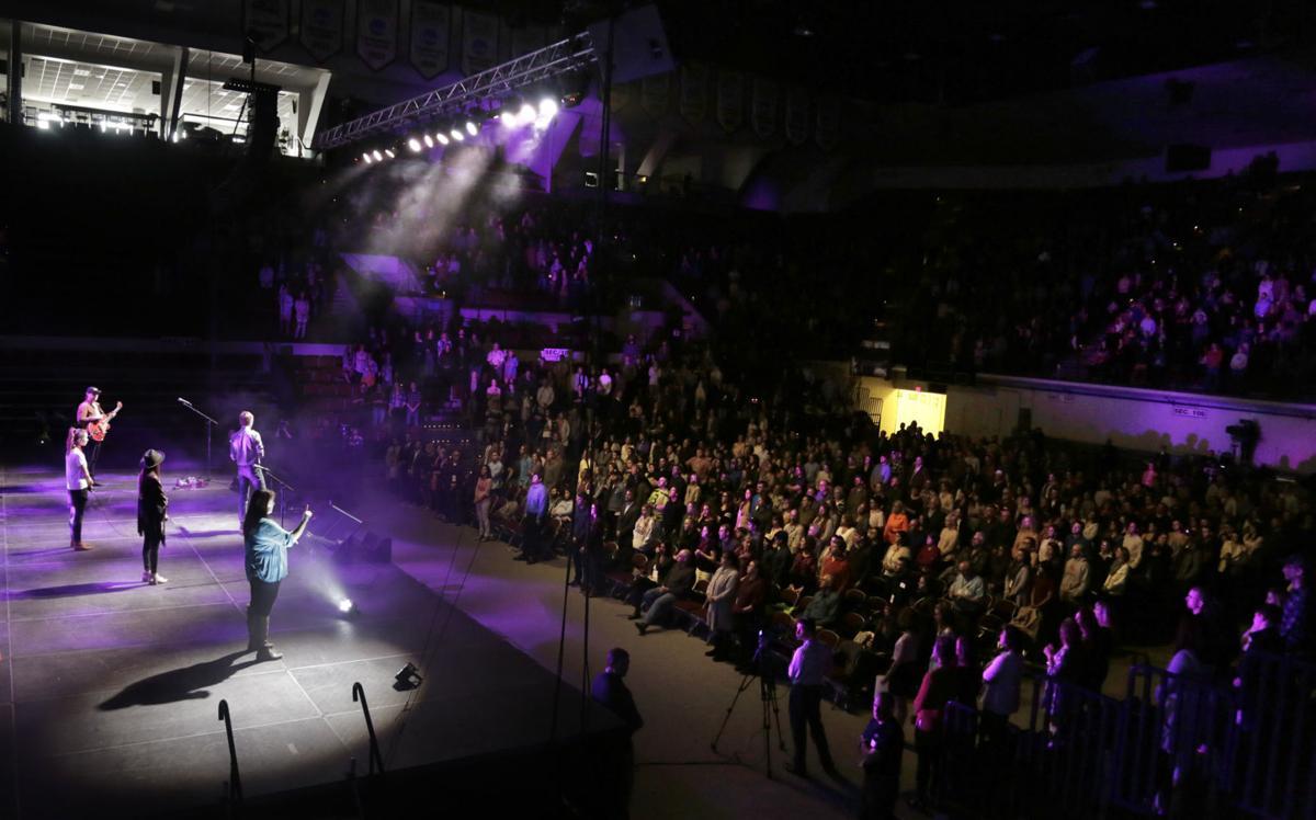 Easter service packs Missoula's Adams Center | Local News ...