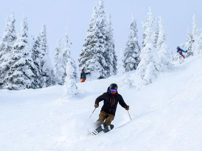 Ski and stay at The Pine Lodge in Whitefish