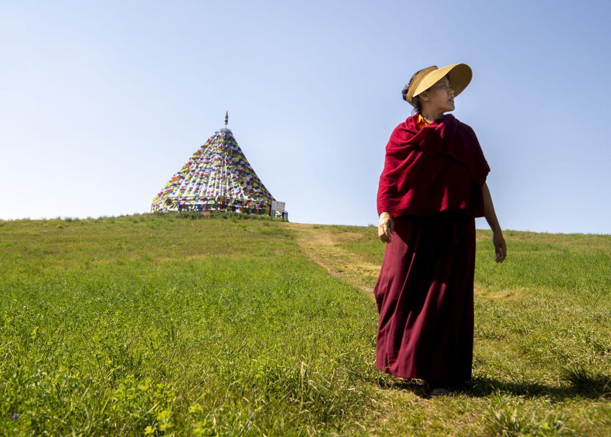 Abbess from Kathmandu 01