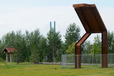 080615 sculpture 01 lb.jpg