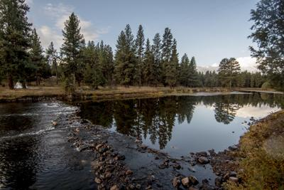 Elbow Lake dam 02