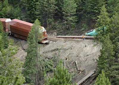 070514 derailment tb.jpg
