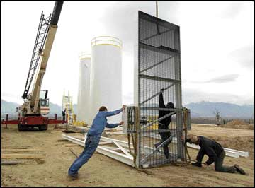 Cow-fed methane / Corvallis dairy installs manure digesters