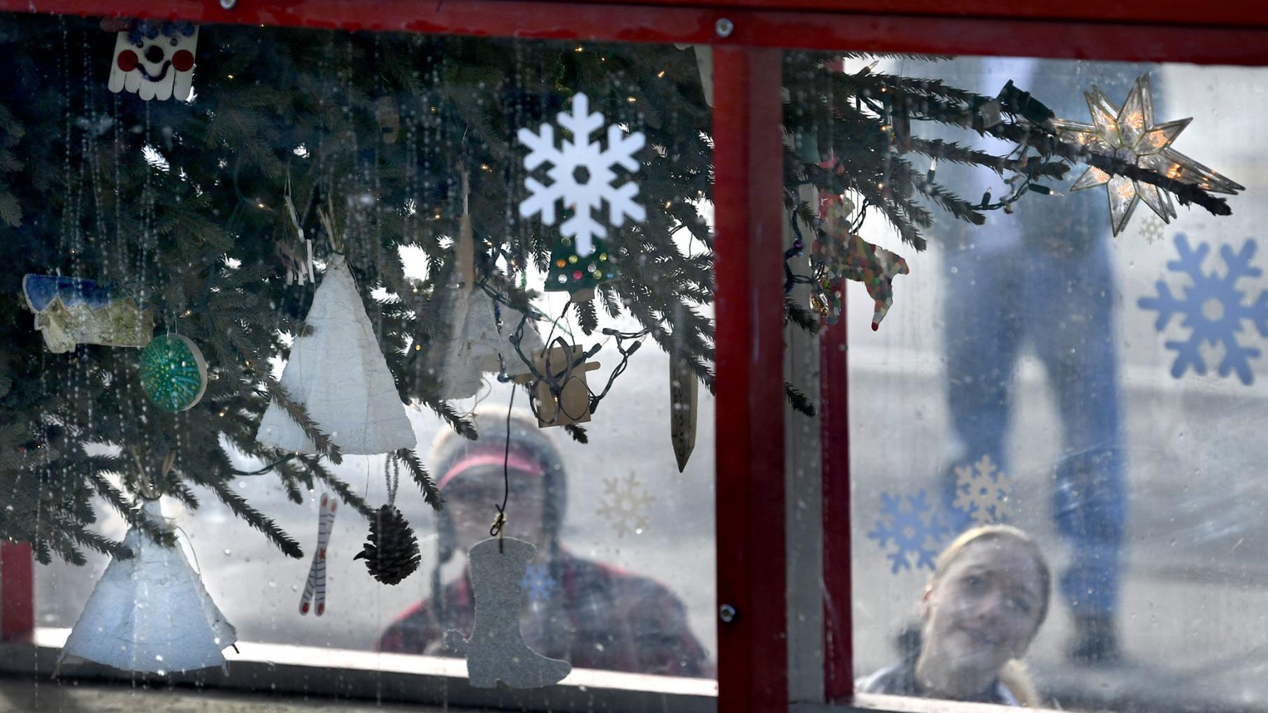From Plains with cheer: Capitol Christmas Tree makes stop in driver's hometown