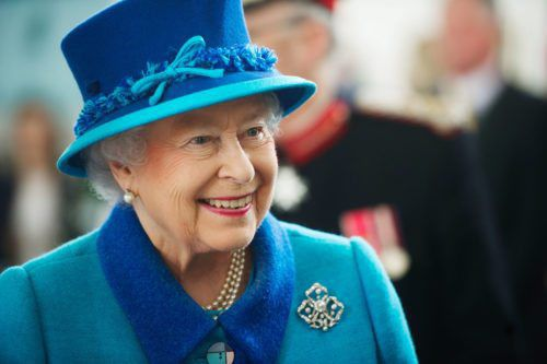 Want To Live In A Palace? The Queen Of England Is Hiring An Assistant Chef