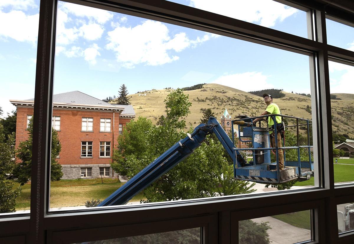 UM Construction 1